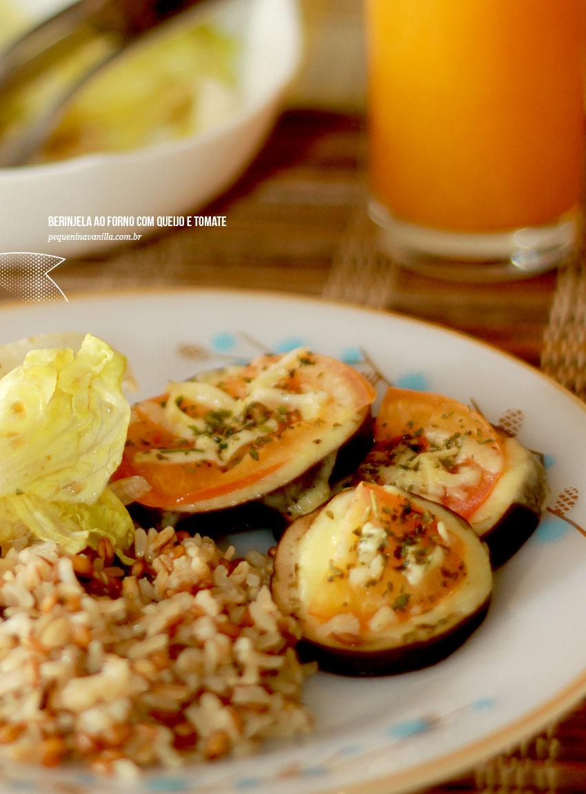 berinjela-forno-queijo-tomate-1