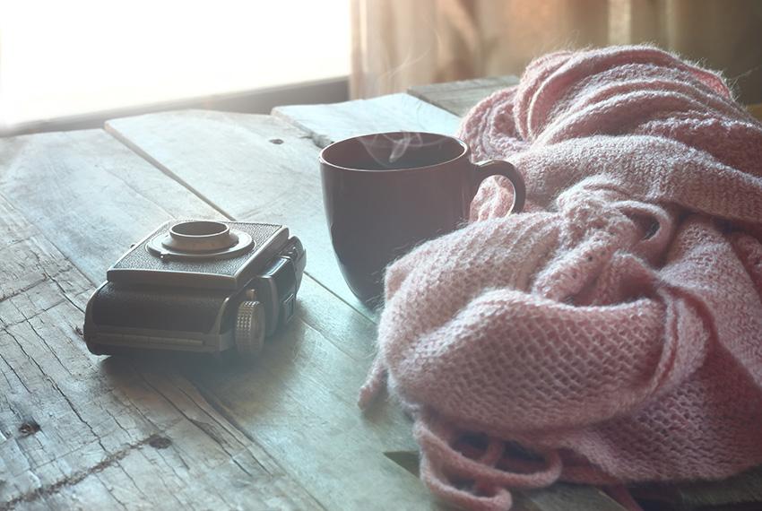café via shutterstock