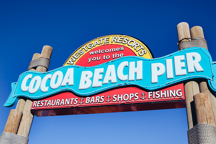 florida-cocoa-beach-pier-1