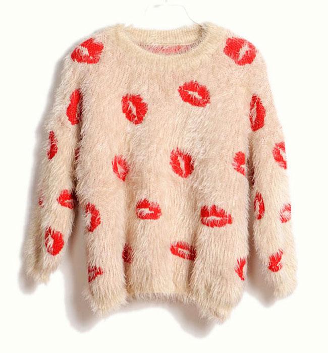 kiss-sweater