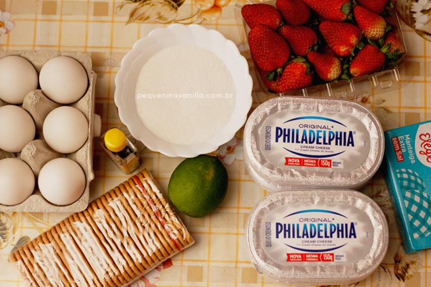 receita-cheesecake-calda-morango-7