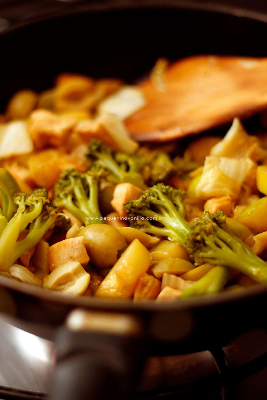 receita-frango-vegetais-4