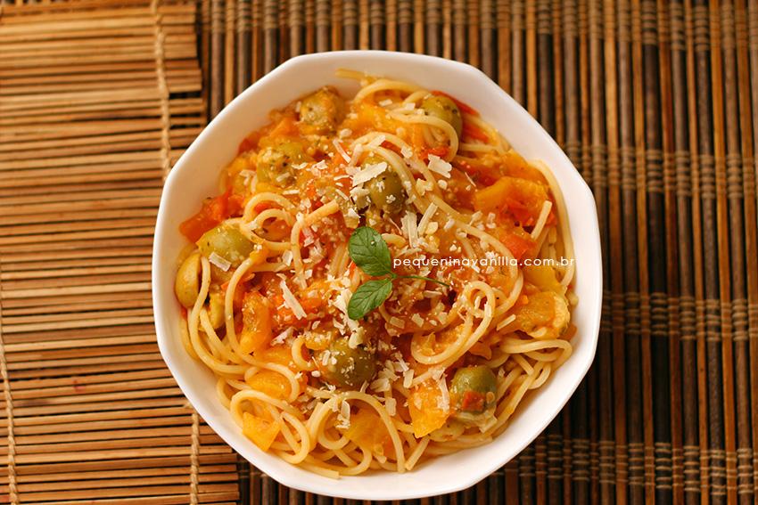spaghetti-tomate-azeitona-5