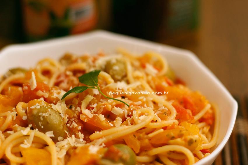 spaghetti-tomate-azeitona-2